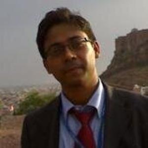 Dheeraj Vaidya CFA FRM, Co-founder & CEO @ eduCBA & founder of WallStreetMojo