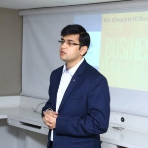 Yash M, Founder and Operations Head at Infocrest (Business Plan Writer and Financial Modeler)