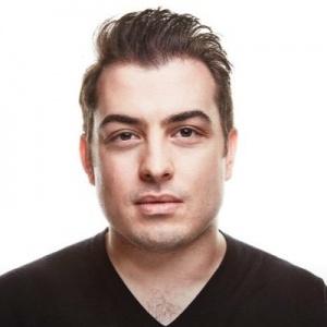 Derek Halpern, Entrepreneur and Founder of Social Triggers