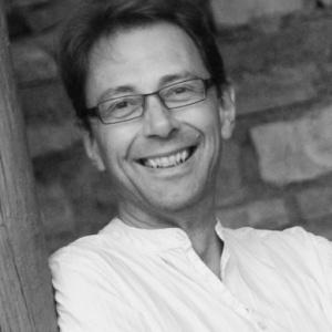 Michael Martin, Freelance Financial Modeller/VBA programmer; Chartered Accountant; Actor-Musician