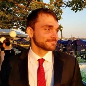 Conrad W Beckman, Fractional CFO: Financial Modeler, Planning, and Analysis