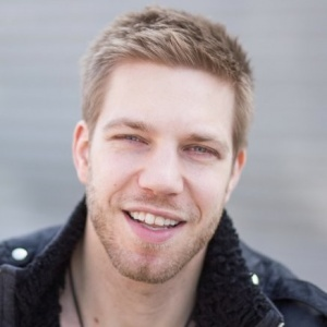 Kyle Rea, Cryptocurrency Investing Mastery Coach | Filmmaker | Producer | Strategist