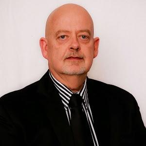 Willie Swart, CEO at Euroland Management SA
